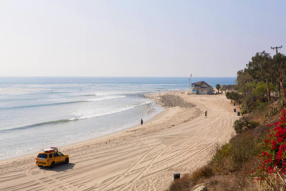 0_4200_0_2800_one_topanga-beach-lifeguard-car-devon0817